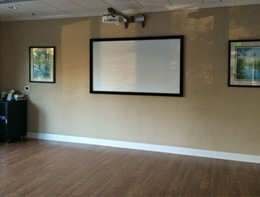 Commercial Projector Screen